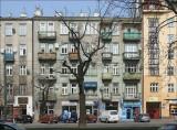 Warszawa, ul. Targowa 36 w 2009 i w 2019 roku