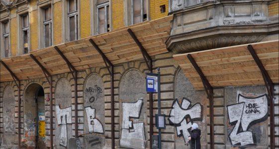 Łódź, Ul. Nawrot 13, kamienica w remoncie