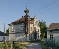 """Ukraina, Bełz, dawna bożnica towarzystwa dobroczynnego """"Iszre Lew"""""""