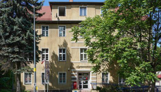 Trzebnica, ul. Bochynka 7, Dawna siedziba Powiatowego Urzędu Bezpieczeństwa Publicznego