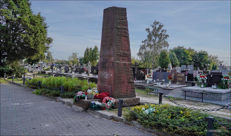 Żyrardów, Cmentarz Parafialny, kwatera czołgistów żołnierzy Armii Czerwonej