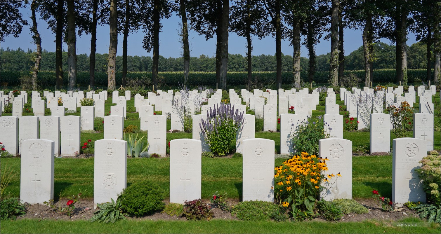 Holandia,  Cmentarz Wojenny w Arnhem-Oosterbeek, Netherlands, Arnhem Oosterbeek War Cemetery, Airborne War Cemetery