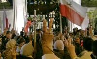 Warszawa, Krakowskie Przedmieście w 2010 roku, tuż po katastrofie w Smoleńsku