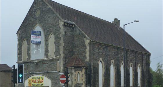 Co zrobić z niepotrzebnym kościołem ? Myjnia samochodowa