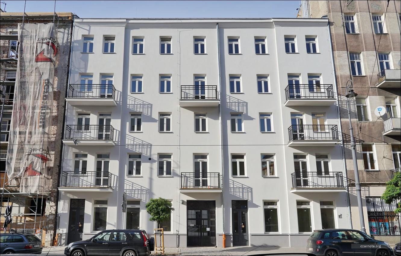 Warszawa, kamienica ul. Stalowa 33 w 2019 i 2020