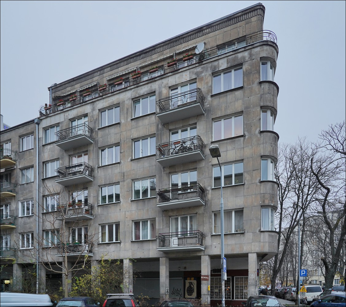 Warszawa, Kamienica przy ul. Chocimskiej 33 zajmowana w 1945–1951 przez BOS.